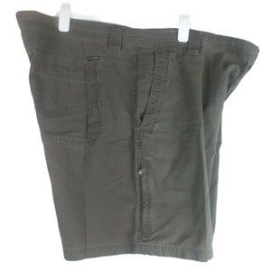 Columbia Mens Ultimate ROC Shorts Button Snap Fly